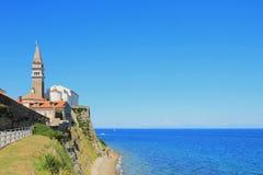 Hav och sakrala Georges domkyrka piran slovenia Royaltyfria Foton