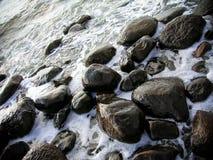 Hav och sten Royaltyfria Bilder