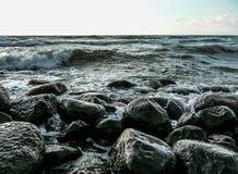 Hav och sten Arkivfoto