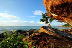 Hav och strand i KohSamet Rayong Thailand Arkivfoton