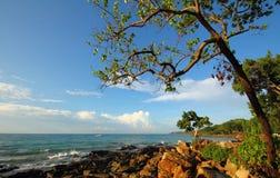 Hav och strand i KohSamet Rayong Thailand Royaltyfria Bilder