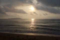 Hav på soluppgång Arkivfoto
