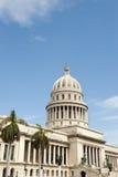 Havana Cuba Capitolio Building met Palmen Stock Afbeeldingen