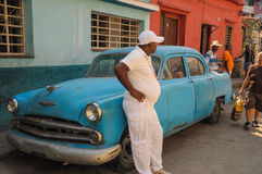 Havana, CUBA - JANUARY 20, 2013: Old classic American car park o Royalty Free Stock Photos