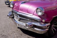 Havana, Cuba Kleurrijke klassieke jaren '50auto's stock foto's