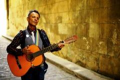 Havana, Cuba - músico da rua imagens de stock royalty free