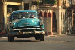 Havana, Cuba, 29 Mei, 2016: Uitstekende auto op de straat van Havana Stock Afbeelding