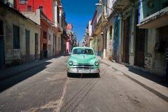 HAVANA, CUBA - OCT 18, 2016 Uitstekende klassieke Amerikaanse auto's, comm Royalty-vrije Stock Foto