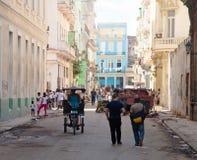 HAVANA-DECEMBER 30: Ulica w starej części miasto Grudzień 3 Obraz Stock