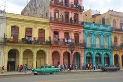 Havana en auto's, Cuba stock afbeeldingen