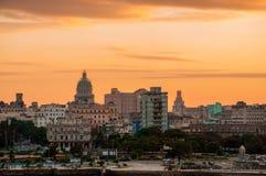 Havana (Habana) in zonsondergang Stock Foto's