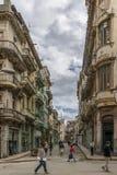 Havana, Kuba - 10. Februar 2016: Gehen durch Havana Lizenzfreies Stockbild