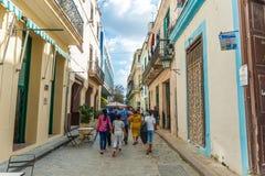 HAVANA, KUBA - 23. OKTOBER 2017: Havana Old Town Street Stockfotografie