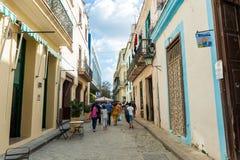 HAVANA, KUBA - 23. OKTOBER 2017: Havana Old Town Street Lizenzfreies Stockbild