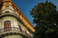 Havana stadsbyggnad och balkong royaltyfria foton