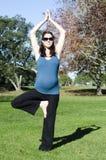 Havandeskap - gravid kvinnaövning Arkivbild