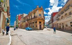 HAVANNACIGARR KUBA - AUGUSTI 15, 2016 Sikt av den gamla havannacigarrgrannskapen Royaltyfri Bild