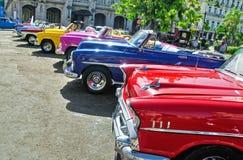 HAVANNACIGARR KUBA - JULI 8, 2016 Klassisk amerikan c för färgrik tappning Royaltyfri Bild