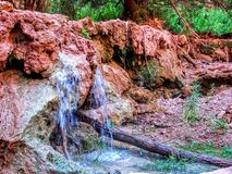 Havasupai fällt, Pools, blaues Wasser, Rockwände der geologischen Bildung Stockbilder