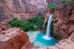 Havasupai-Wasserfälle in Arizona stockbild