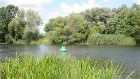 Havel rzeki krajobraz wzdłuż Havelradweg (Brandenburg Niemcy) (Havel roweru ścieżka) zbiory wideo