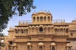 Haveli traditionnel à l'intérieur de vieux murs de ville, Jaisalmer, Inde Photos libres de droits