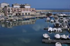 Haven Bisceglie - Apulia - Italië Stock Afbeeldingen