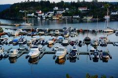 Haven die de fjord, Noorwegen overzien Royalty-vrije Stock Foto