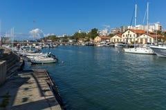 Haven en Panorama aan stad van Alexandroupoli, Oost-Macedonië en Thrace, Griekenland stock foto's