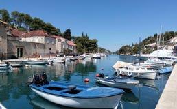 Haven van BoboviÅ ¡ Ä ‡ a, Brac-eiland, Kroatië royalty-vrije stock foto's