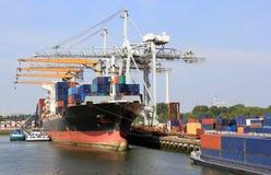 Haven van Rotterdam stock foto