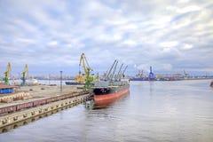 Haven van stad Heilige Petersburg Stock Afbeelding