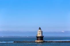 Haven van Toevluchtsoord Lichte Vuurtoren in de Baai van Delaware bij Kaap Henlop stock afbeelding