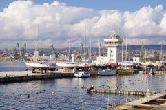 Haven Varna met jachten, Bulgarije Stock Fotografie