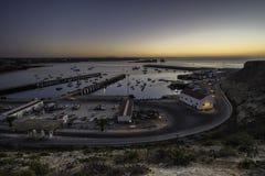 Havendokken bij zonsondergangmening royalty-vrije stock afbeeldingen