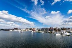 Havengebied van Annapolis, Maryland op een bewolkte de lentedag met s royalty-vrije stock foto's