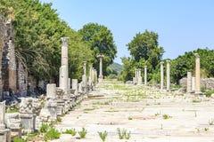 Havenweg van antieke roman stad Ephesus in Izmir, Turkije stock afbeelding
