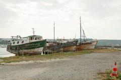 Haverier av fiskebåtar på skeppkyrkogården, Camaret-sur-MER, Finistere, Brittany, Frankrike 29 Maj 2018 Arkivbild