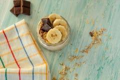 Havermeel met banaan voor breakfas Stock Afbeelding