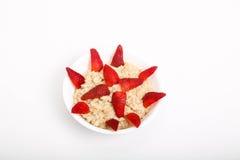 Havermeel met Gesneden Stawberries Stock Fotografie