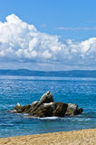 Havet vaggar på ottan i Sithonia, Chalkidiki Royaltyfri Foto