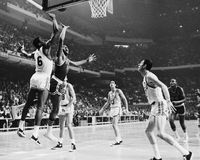 Havlicek y Celtics de Russell, Boston Fotos de archivo
