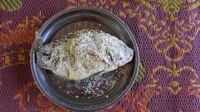 Havs- maträtt - grillad fisk arkivfoto