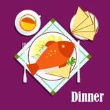 Havs- matställe med den stekt fisken, bröd och te Arkivfoton