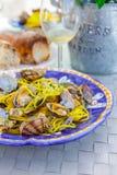 Havs- pasta för närbild med musslaspagettialle Vongole royaltyfria foton