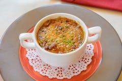 Havs- soup i platta Arkivfoton
