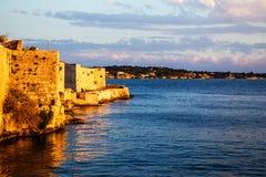 Havsfort i Ortigia sicily Arkivfoto