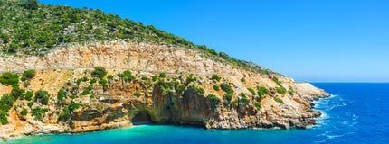 Havsgrottan på den Kaputas kusten, Turkiet fotografering för bildbyråer