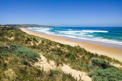 Havsikt med stranden på Phillip Island, Australien Royaltyfri Fotografi