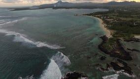 Havsikt och Mauritius landskap, antennskott arkivfilmer